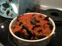Muscheln mit pikanter Tomatensauce