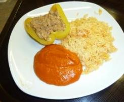 gladdy88: gefüllte Paprika mit Sojaschnetzel - lecker vegetarisch