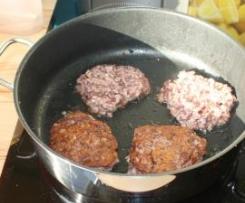 Kartoffelpuffer/ Reibekuchen mit Rotkohl