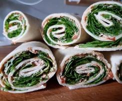 Tomaten-Ruccola-Wrap