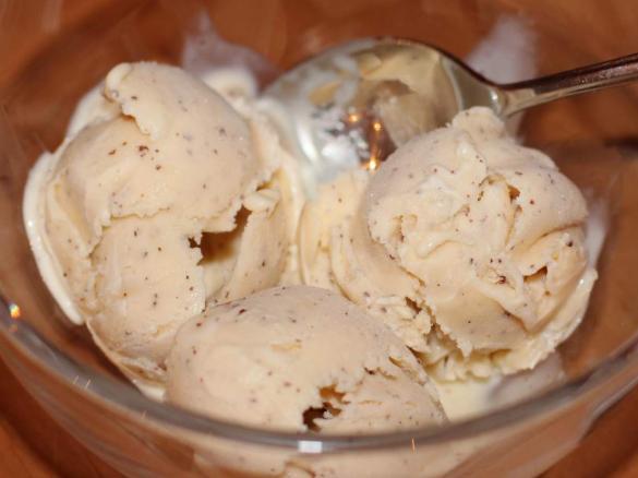 vanilleeis mit mohn und honig von majalotte ein thermomix rezept aus der kategorie desserts. Black Bedroom Furniture Sets. Home Design Ideas