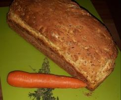 Köstliches Möhren-Kräuter Brot