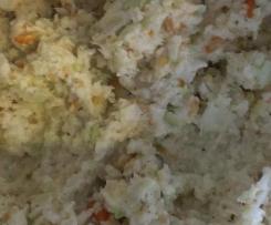 Variation von Weißkohlsalat (pikant)