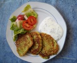 Zucchini-Puffer mit Minzjoghurt