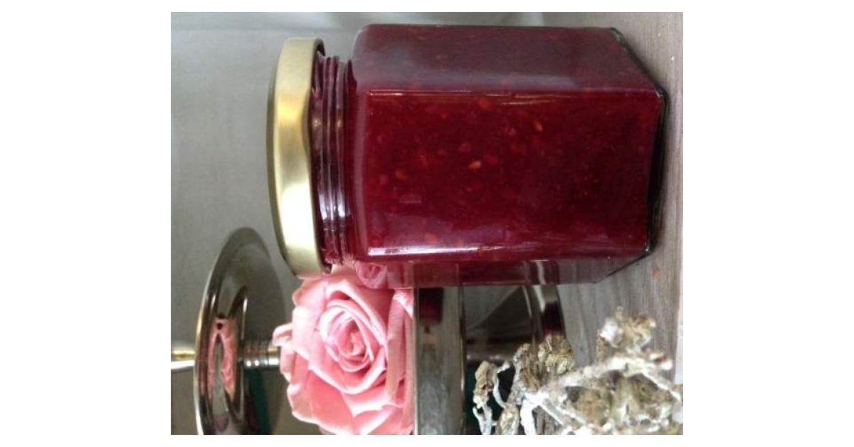 brombeer pfirsich erdbeer marmelade mit gehackten. Black Bedroom Furniture Sets. Home Design Ideas