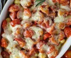 Schweine-Tomaten-Geschnetzeltes mit Gnocchi