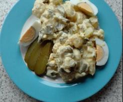 Schneller Kartoffelsalat mit Ei und Gurke