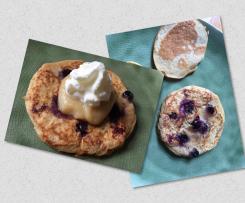 Bananen-Blaubeer-Pancakes