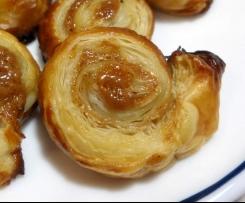 Lebkuchen-Blätterteig-Röllchen