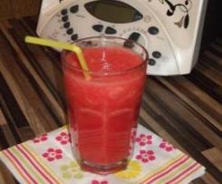 Wassermelonensaft - gesunder Durstlöscher an heißen Tagen