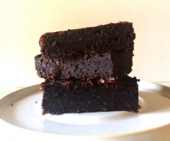 Brownie aus schwarzen Bohnen (vegan, glutenfrei, gesund)