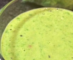 Greensmoothie Spinat Avocado