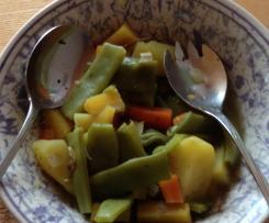 Bohnengemüse mit Salzkartoffeln