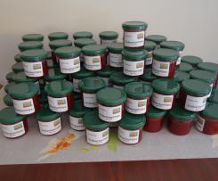 Variation von weihnachtlicher Cranberrie Marmelade