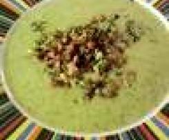 Variation von Brokkoli-Rahmsuppe