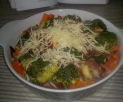 Gemüseauflauf mit Hollandaise