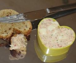 Schinken-Käse-Zwiebel-Dip