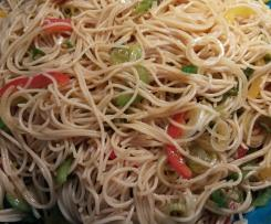 Variation Spaghettisalat mit Currydressing