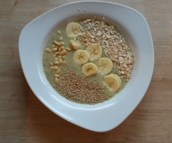 Smoothie-Bowl Banane-Kiwi