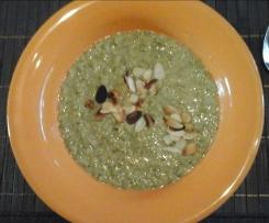 vegane Brokkoli - Mandelcreme - Suppe