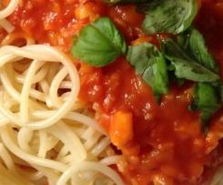 Tomaten-Gemüse-Soße