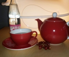 Hagebutten-Tee ~ frische oder getrocknete Früchte