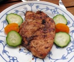 Fruchtig marinierte Steaks oder Sparerips