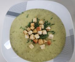 Zucchini Kohlrabi Kartoffel Suppe