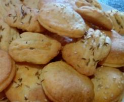 Käsetaler-Kräcker .......auch zum Reste verwerten geeignet