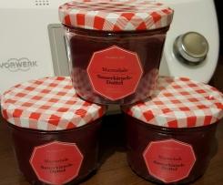 Sauerkirsch-Dattel-Marmelade