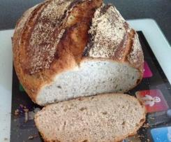 Chia-Midsummer-Brot