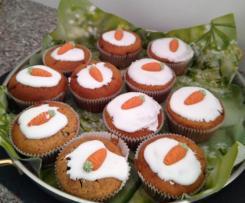 Möhrenmuffins mit Schokolinsen und Marzipannote, sehr lecker zu Ostern