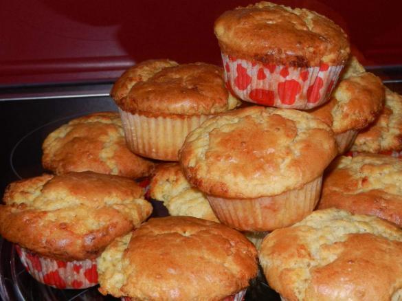White Chocolate Muffins von loeckchen112. Ein Thermomix ® Rezept aus ...