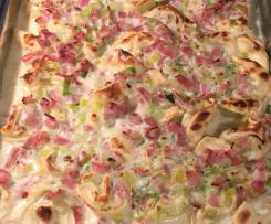 Gratinierte Tortellini mit Kochschinken