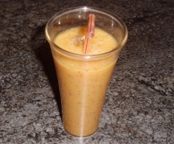 Variation von Orange-Bananen-Apfel Smoothie