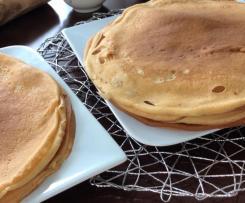 Russische Blini (Pfannkuchen)