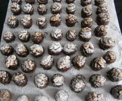 Marzipan-Cranberries-Pralinen mit Zwetschgenwasser