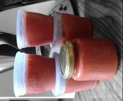 Erdbeer-Apfel-Obstbrei