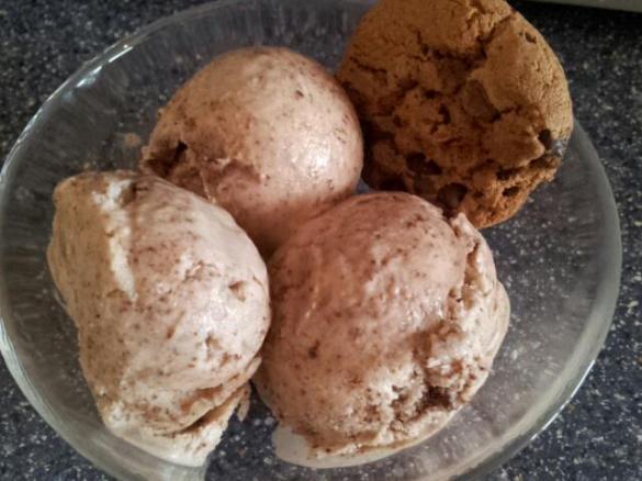 joghurt cookie eis von babyfroschl ein thermomix rezept aus der kategorie desserts auf www. Black Bedroom Furniture Sets. Home Design Ideas