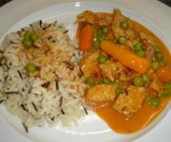 Geschnetzeltes Hähnchen oder Pute mit Reis , Gemüse und Sauce  all in one