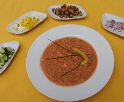 Gazpacho mit Mandeln und Knoblauch