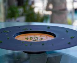 Gazpacho mit Mandeln
