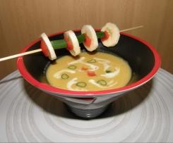 Fruchtige Kokos-Suppe, auch als Sauce geeignet (m. orig.)