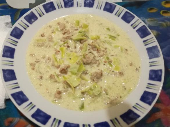 Hackfleisch Lauch Käse Suppe von Thermibvb09. Ein Thermomix ® Rezept ...