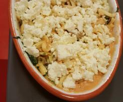 Spätzle Hähnchenauflauf mit Feta und Spinat