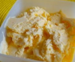 Pfirsichjoghurt-Eiscreme (für die Eismaschine)