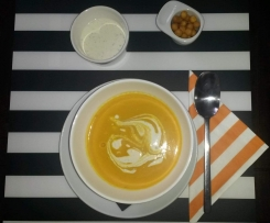 Karotten-Walnuss-Ingwer Suppe