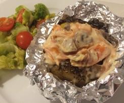 Ofenkartoffel mit Möhren und Champignons