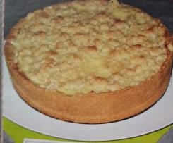 Apfel-Streuselkuchen mit Rum-Sahne-Guss