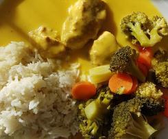 Mango-Curry-Hähnchen mit Reis und Gemüse